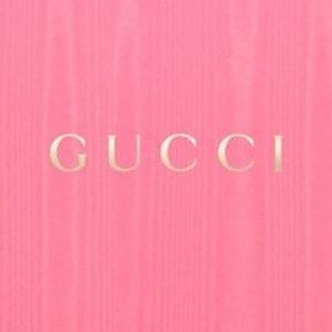 低至5折 £372收丝绒乐福鞋Gucci 私卖会大促专场 美包美鞋等你来收
