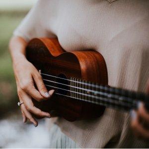 一年全部课程$11.25 (原价$108)折扣升级:Groupon在线吉他、尤克里里、贝斯课程,含初学者课