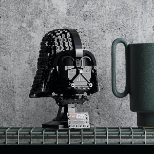LEGO Star Wars: Darth Vader Helmet + Boba Fett Bust