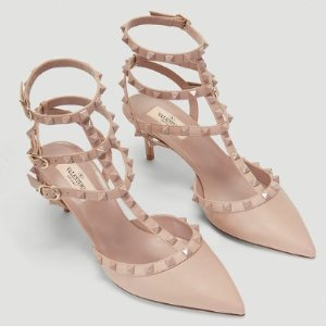$1088(原价$1280)免邮Valentino 温柔裸粉三圈铆钉高跟鞋