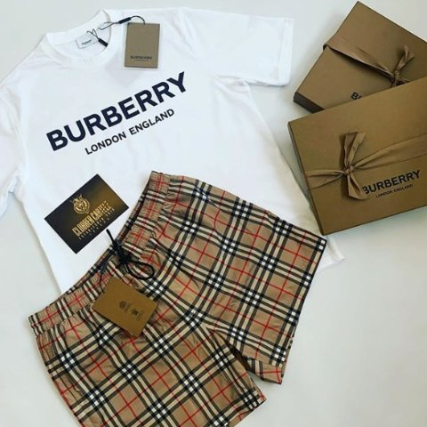 4折起! 围巾£187 小鹿T恤£262Burberry 超值折扣入 收TB老花、皇冠小鹿、格纹衬衣等好物