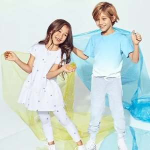 Up to 64% Off  + Extra 25% OffKids Dress Sale @ Bloomingdales