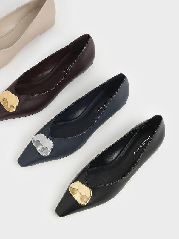 金属片平底鞋