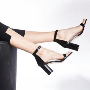 额外4折+凉鞋买1送1即将截止:DSW 折扣区美鞋热卖  钻带高跟$6,SW一字带凉鞋折后$67起