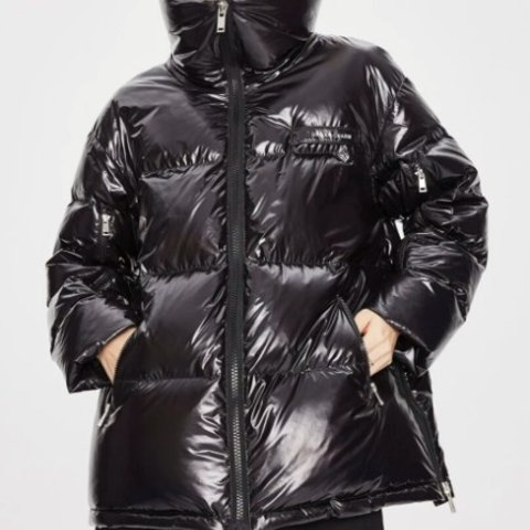 低至8折 绿色羽绒服售€78Shein X Jazzevar 联名款大牌风爆表 收高性价比冬季外套