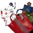 Up to $700GC + Get Tote Filled with Deluxe Samples with $150+ beauty items @ Saks Fifth Avenue