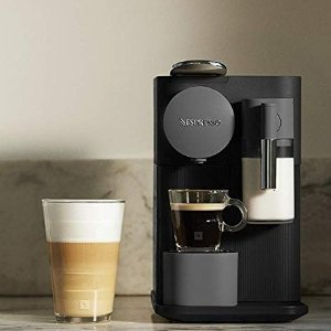 Nespresso by De'Longhi EN500B Lattissima One Original Espresso Machine with Milk Frother