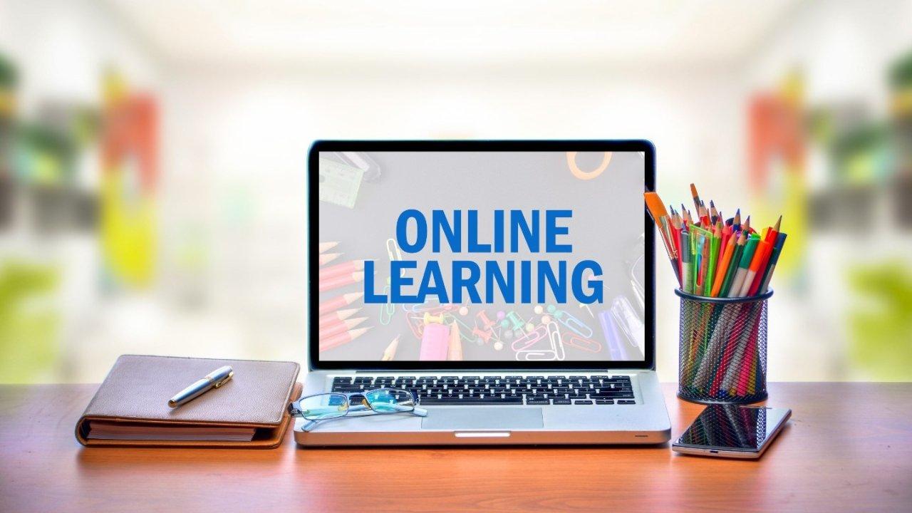 K-12网络学校攻略   美国家长想让孩子上全日制网课要怎么做?