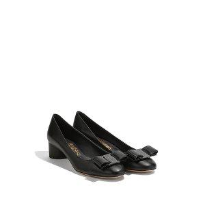 Salvatore Ferragamo黑色粗跟鞋