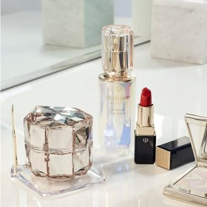 Up to $900 Gift Card + Free GiftSaks Fifth Avenue Clé de Peau Beauté Sale