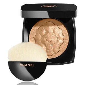 Chanel粉饼