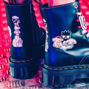 8孔马丁靴$230,德比鞋$185Dr. Martens x Hello Kitty & Friends 甜酷联名上线