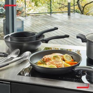 低至3.6折 €49收铸铁锅Tefal 厨具合集 法国明星红点锅 少油不粘 生活更健康