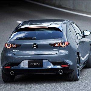 顶尖科技 造型更美2019 Mazda 3 掀背版/三厢版轿车 公布更多消息