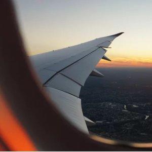 仅$86起 8月-9月日期西雅图--拉斯维加斯直飞往返机票低价