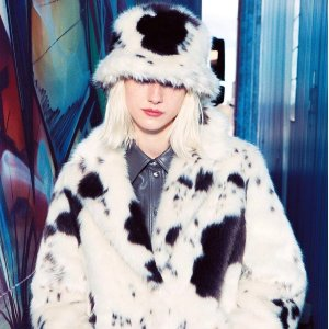 一律7折 羊毛托特包€174.3Stand 新款大促 收超火爆泰迪大衣、包包等 断码超快 手慢无