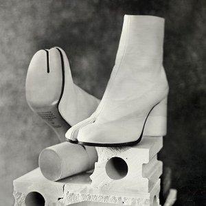 低至5折Maison Margiela 鞋包热卖 入手时尚界宠儿Tabi靴