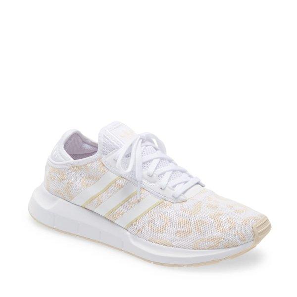 Swift Run X运动鞋