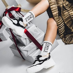 额外8折 晒单赠免邮券 包税折扣升级:Pedder Red 美鞋低至3折热卖,老爹鞋史低$51