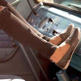 低至2.7折Frye 精选休闲男女鞋包促销