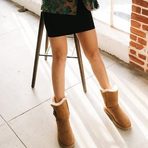 8b108559dd9 UGG Daelynn 蝴蝶结雪地靴热卖4色可选$119.9 (原价$189.95)+包邮- 北美省 ...