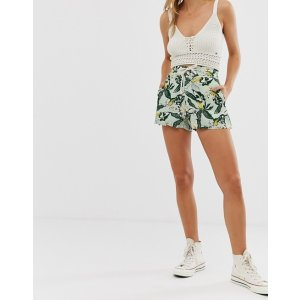PULL&BEARtropical print shorts | ASOS