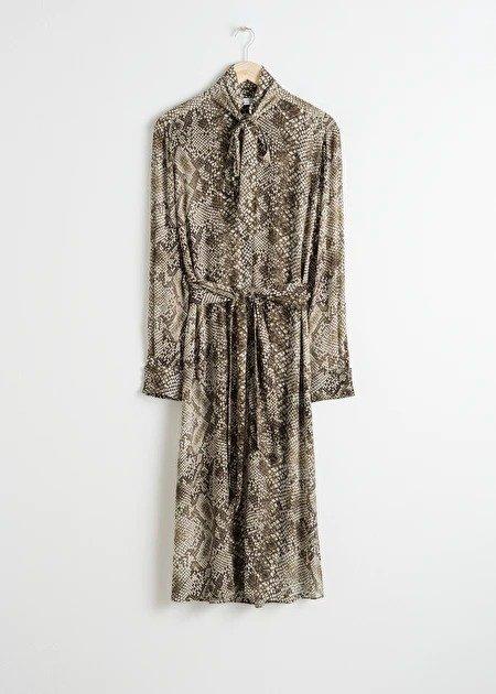 蛇纹连衣裙