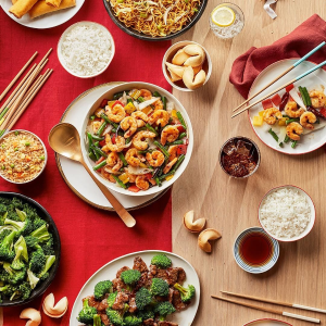 $29+Free Delivery FeePanda Express Family Feast Meal