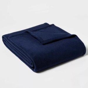 Room Essentials Solid Fleece Bed Blanket TwIn/Twin XL