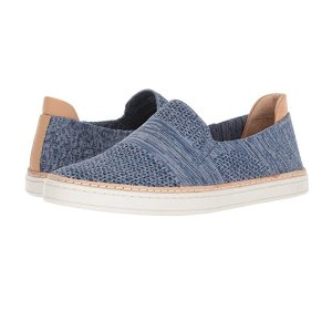 $43.99 (Org.$110.00) UGG Women's Sammy Sneaker @ Amazon.com