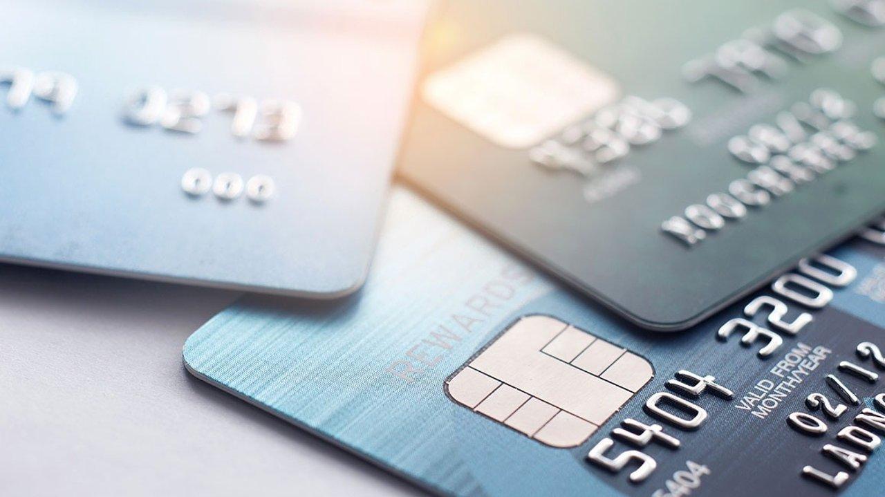落地法国第一件大事 搞定银行卡