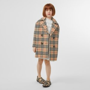 BurberryUp to $275 OffBurberry - Little Girl's & Girl's Poppy Vintage Check Coat