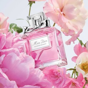 送真我香水套装等好礼+免邮折扣升级:Dior官网 美妆热卖 收小A瓶套装、Miss Dior香水