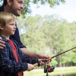 $16Berkley Cherrywood HD Casting Fishing Rod