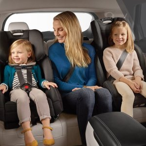 8.5折 好莱坞明星的选择Baby Jogger 精选童车、安全座椅劳工节促销