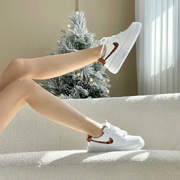 Air Force 1 运动鞋