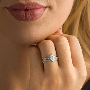 1-1/5 CT. T.W. Certified Pear-Shaped Diamond Frame Bridal Set in 14K White Gold (I/SI2)|Zales