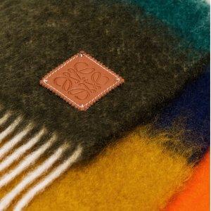 新品上市+包税Loewe 拼色围巾热卖