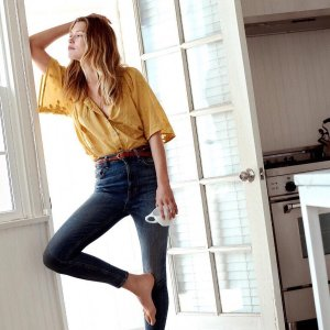 50% offA VIP Preview Sale @ Lucky Brand Jeans