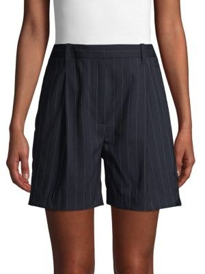 西装条纹短裤