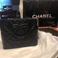Chanel medallion 托特包