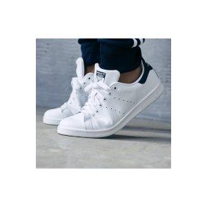 Adidas男士运动鞋