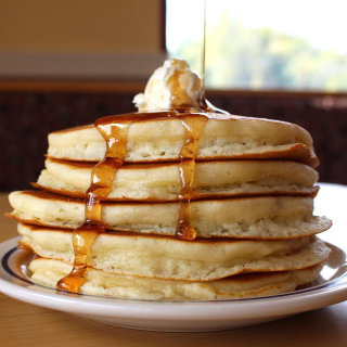 IHOP今天免费送pancake美国人气餐饮当日优惠清单+新品预告
