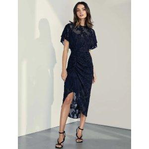 短袖连衣裙