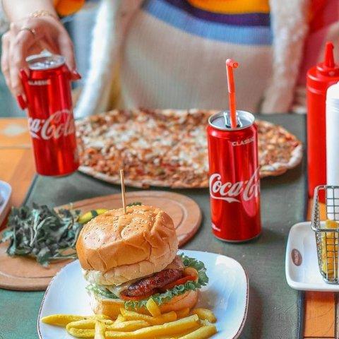 全场6.5折起 可口可乐£1起精选芬达、可口可乐、雪碧好价 宅家必备肥宅水 畅饮无限