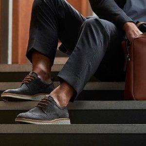 低至4.6折最后一天:ECCO 舒适休闲男鞋特卖 送爸爸贴心好礼