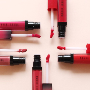 Get up to $40 offyour next order + Get an 8-Piece Gift Set with $100+ on purchase of Lip products @ Bobbi Brown