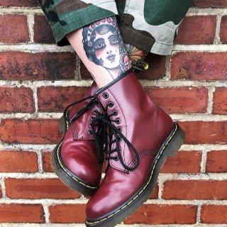 低至5折+额外8.5折 流光款£57 联名款£123Dr.Martens 精选折上折 秋冬最酷靴就是它 厌倦普通款 那就看这里