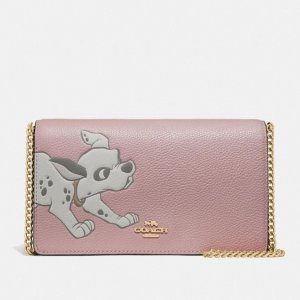 Dealmoon Exclusive!Free Gift with Pink Handbags Order Over $250+ @ Coach