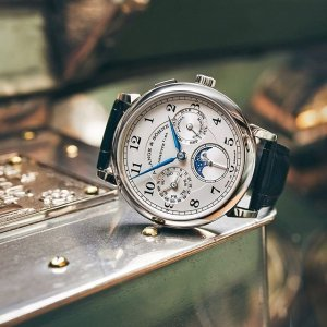 Up to 55% Off + Extra $50 OffDealmoon Exclusive: Select Harry Winston + A. Lange & Sohne Watches